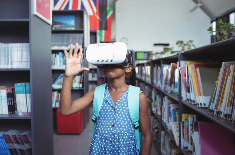 The Impact of Virtual and Augmented Reality in the Business World: the use in education
