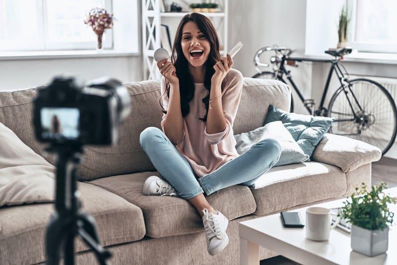 An influencer shooting a video